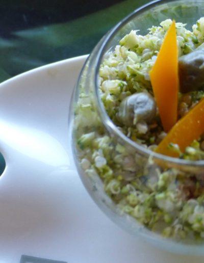 Taboulé de quinoa et brocolis aux câpres